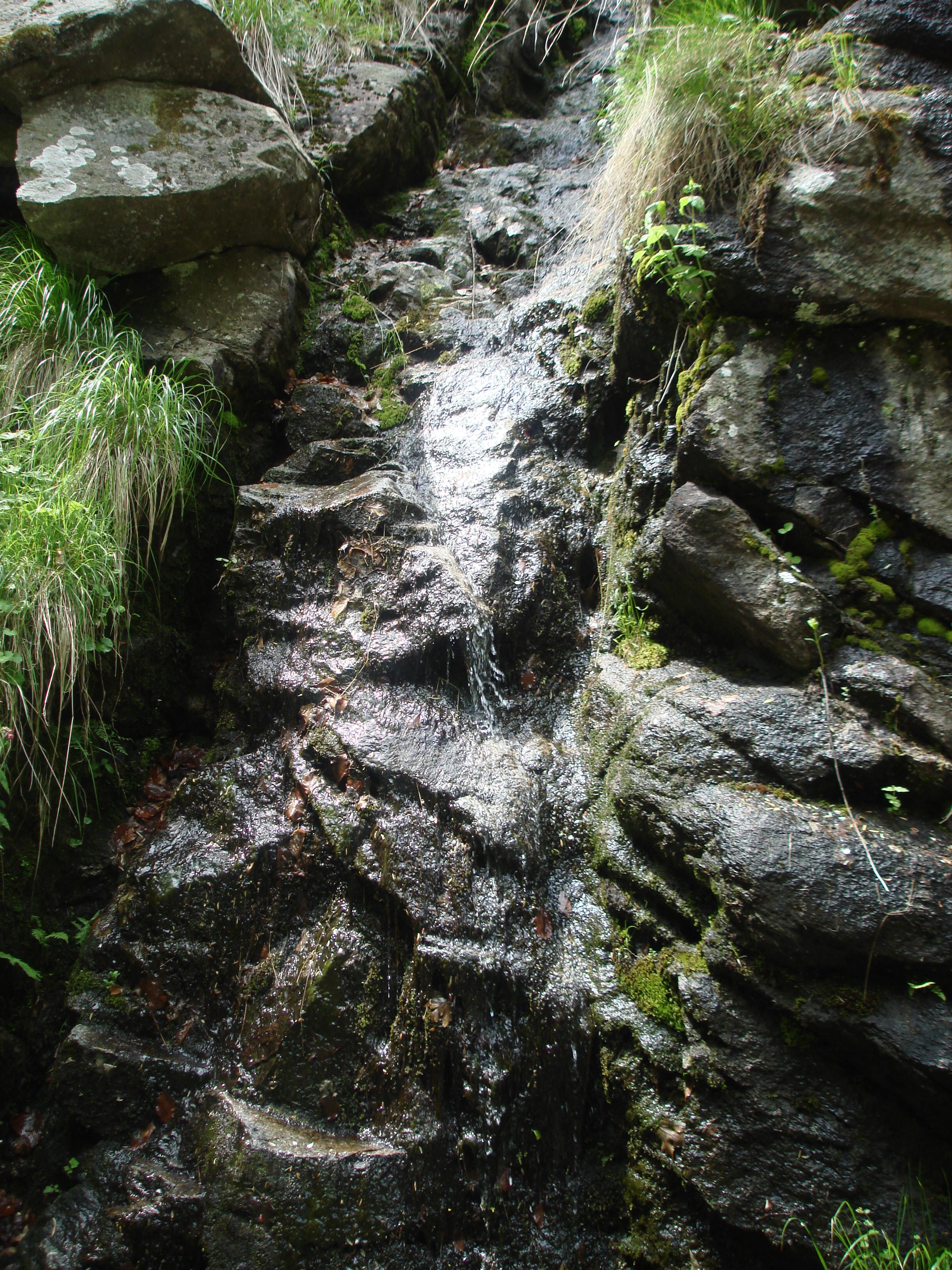 Край костенският водопад